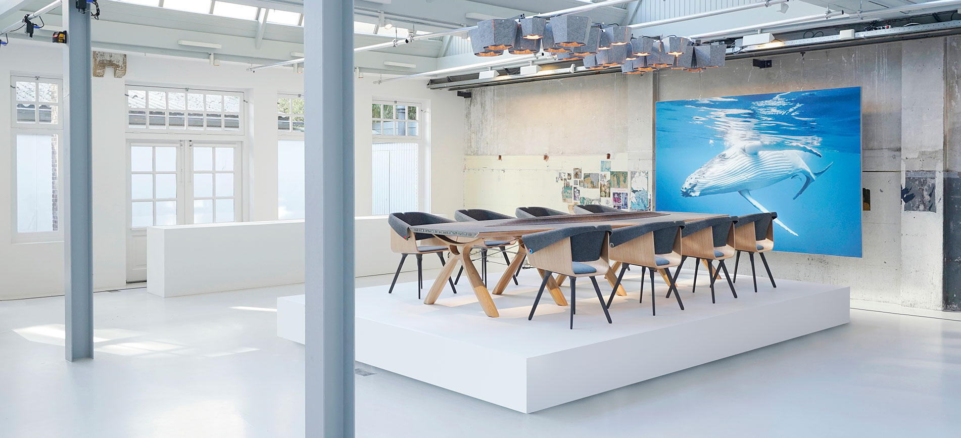 VEPA WHALE BOARDROOM TABLE